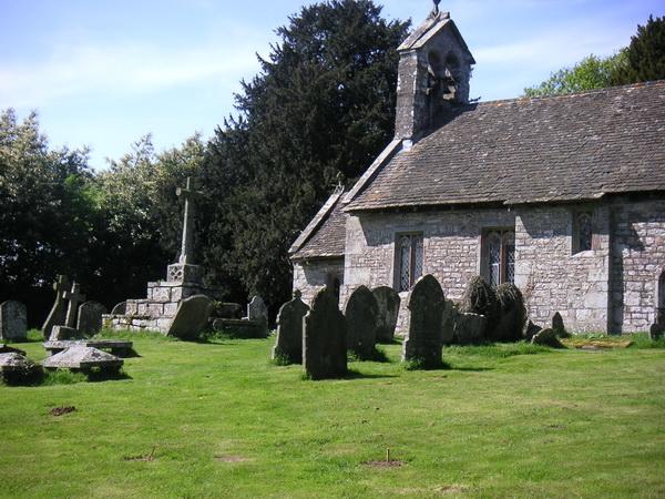 Kirchhof von Bettws Newydd