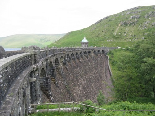 Staumauer im Elan Valley