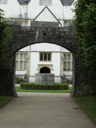 Hauptzufahrt zum Castle