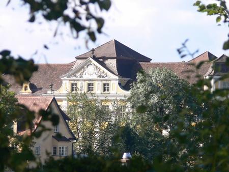 Schloss, vom Weinweg aus gesehen