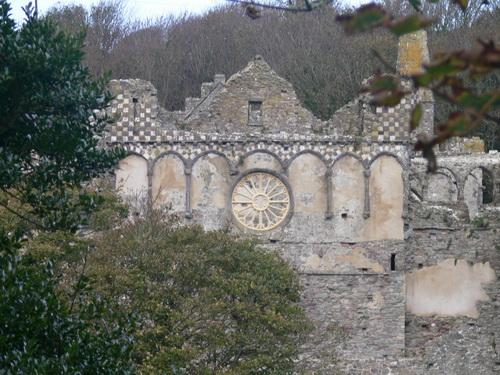 Überreste des Bischofspalastes (heute in der Obhut des CADW)
