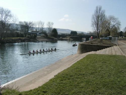 Die Ruderer von Monmouth trainieren