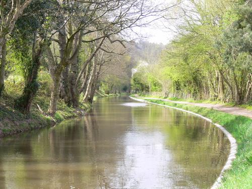 Idyllischer Kanal