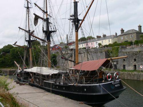 Am Hafen von Charlestown