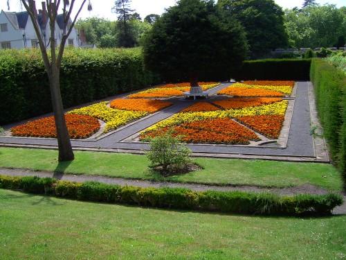 Im Garten des Schlosses
